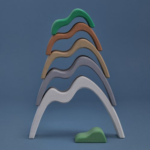 Mountains-small-arch-stacker
