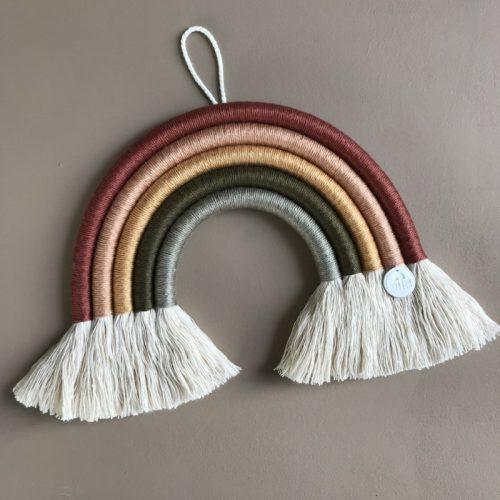 Cotton-design-montreal-regenbooghanger