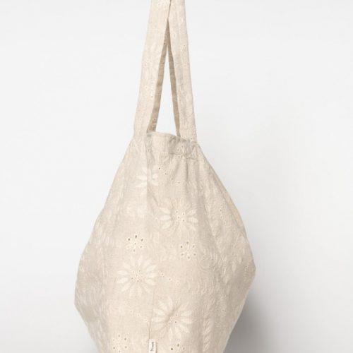 Studio-Noos-mom-bag-sunflowers