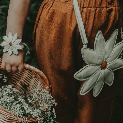 donsje-amsterdam-toto-purse-daisy