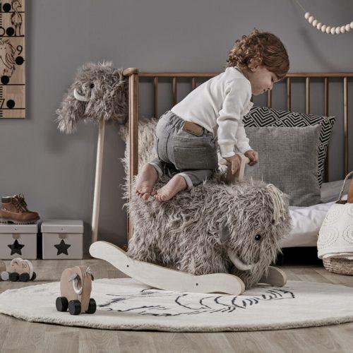 kids-concept-schommelstoel-stof-mammoet